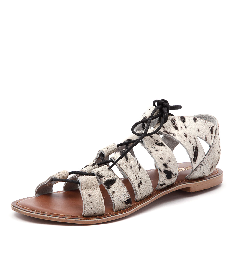 Just Because Ishka Black-White Sandals online