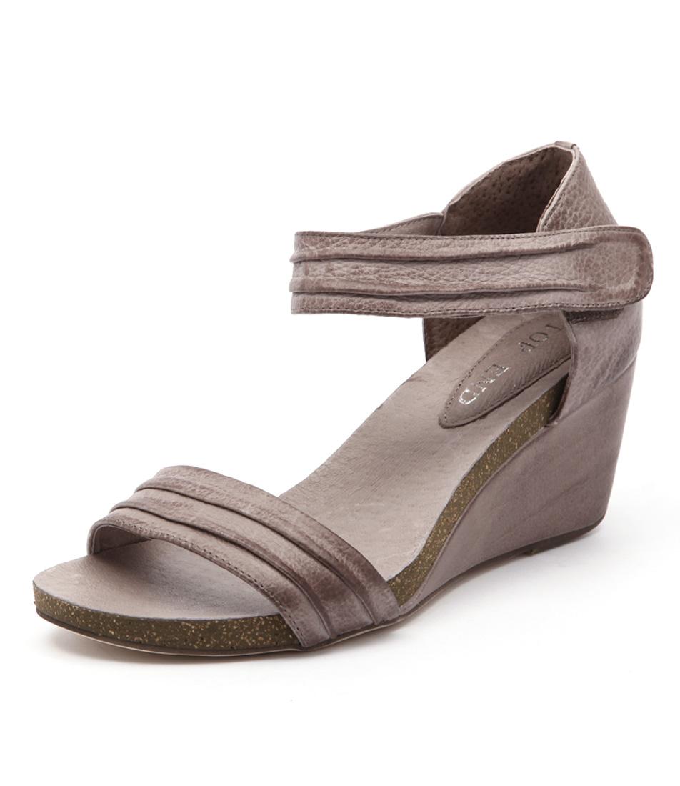 Top End Ruskatt Taupe Sandals online