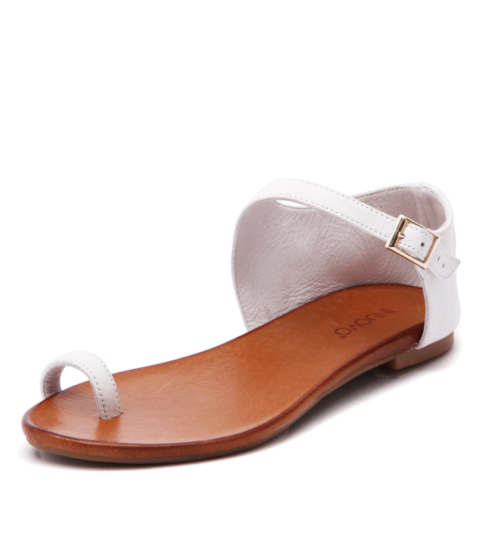 Inuovo Hespera White Sandals