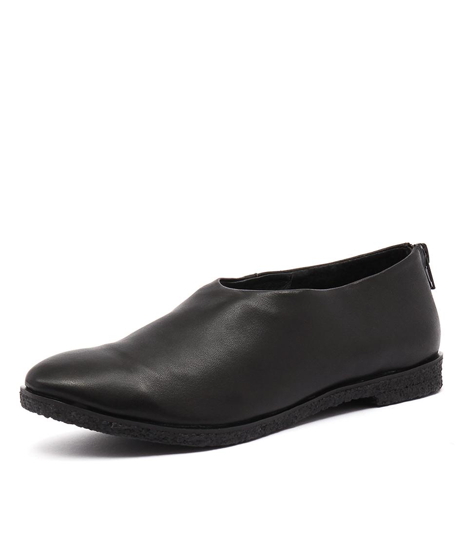 Silent D Ceder Black Shoes