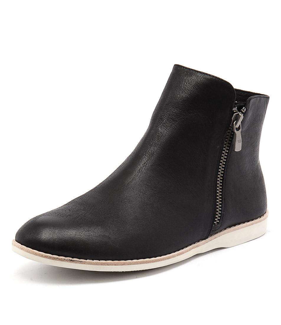 Silent D Narelle Black Boots