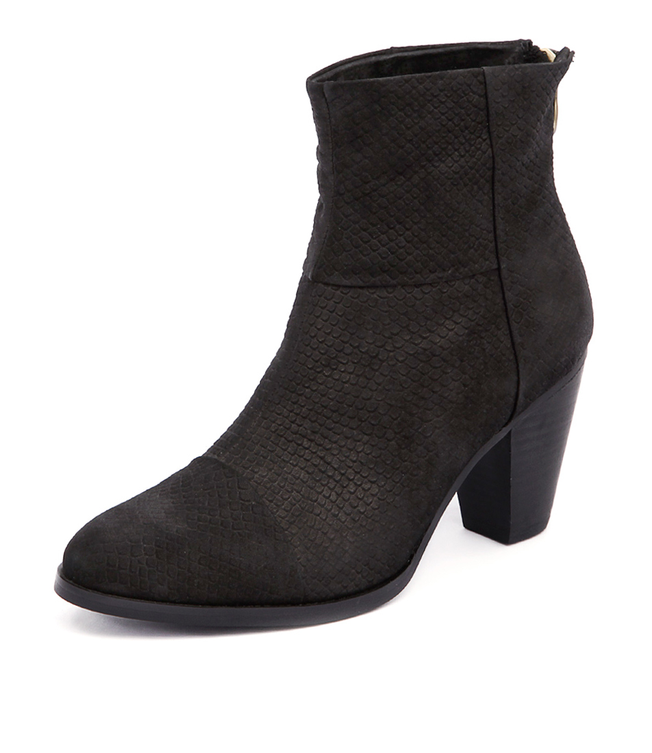 Walnut Melbourne Chaser Boot Black Python Boots